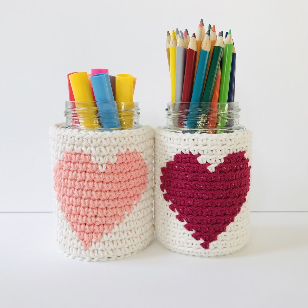 Valentine's Jar Cozy - How to Tapestry Crochet in the Round